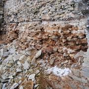 Visby ringmur, skadan sedd från norra delen av väderskyddet