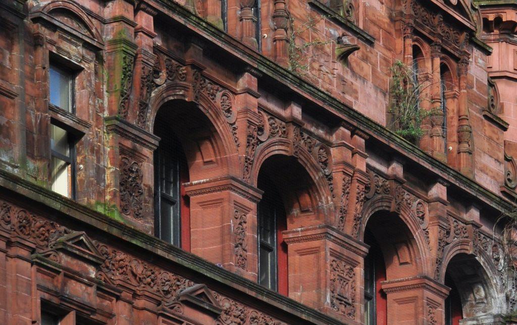 Bristande underhåll på fasad