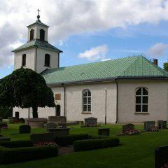 Stenstorps kyrka i Västergötland vars tak är märkt med DNA-färg.