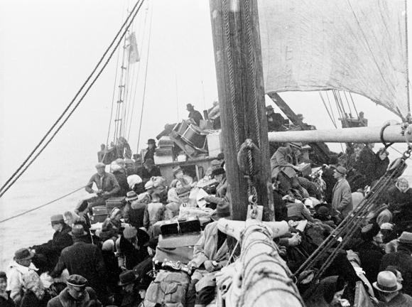 Flyktingar från Tallinn, transportskutan Triina