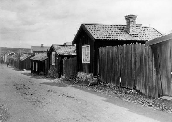 Gruvgatan i Falun. Falun är idag ett världsarv på UNESCO:s världsarvslista, med Falun stad, koppargruvan Stora Kopparberget och bergsmansbygden. Foto från 1924.