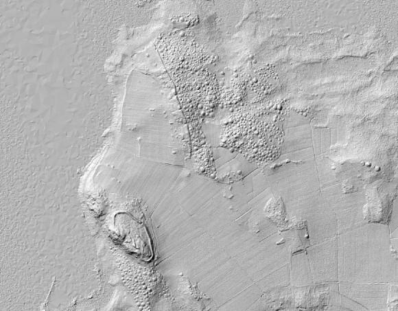 Bild av terrängskuggning över Birka med bland annat fornborgen RAÄ-nr Adelsö 34:1