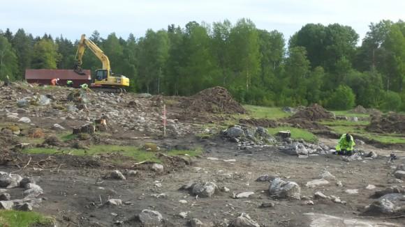 Arkeologisk förundersökning i Molnby, Vallentuna, Stockholms län.