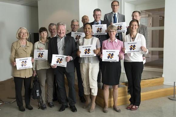 Representanter från Riksantikvarieämbetet, Svenska Unescorådet, Polismyndigheten, Tullverket, Statens museer för världskultur samt Regeringskansliet visar sitt samlade stöd.