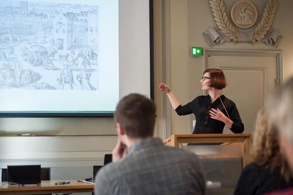 Emma Hagström Molin talar