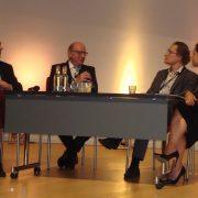 Paneldiskussion med Dennis Rodwell, Wessel de Jonge, Panu Lehtovuori och moderator Alexandra Warr.