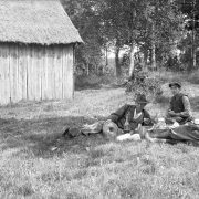 Slåtterfolkets middag. Lekaryd, Småland.