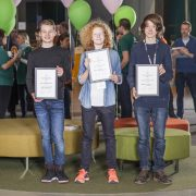 "Laget ""Hello World! Team 1"" vann priset Best Young Hackers"