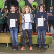 "Laget ""Hello World! Team 1"" vann priset Best Young Hackers"