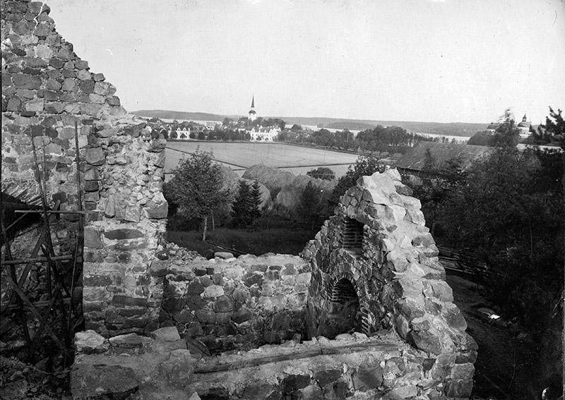 Kärnbo kyrkoruin, Mariefred
