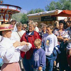 Historiskt marknadsliv och massor med prova på-aktiviteter