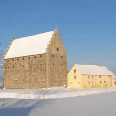 Borgen Glimmingehus i vinterskrud.