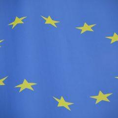 Närbild på EU-flagga
