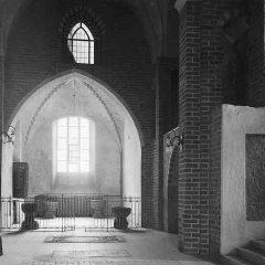 Strängnäs Domkyrka 1933. Frescokapellet sett från mittskeppet.