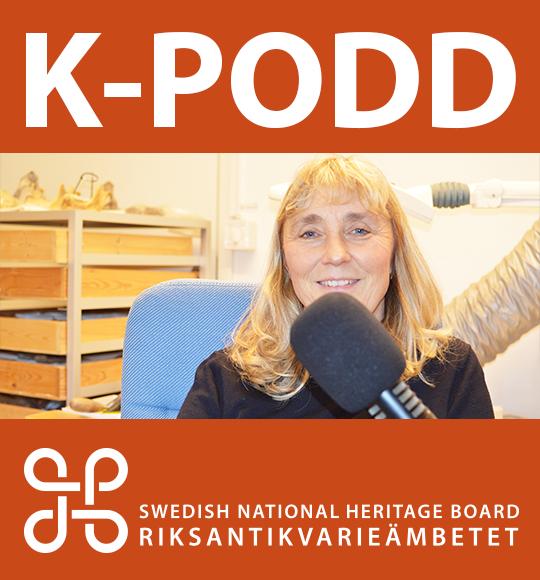Stor text K-PODD och ett foto på osteologen Caroline Ahlström Arcini