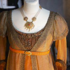Dräktmode från Jane Aus utställning på Skoklosters slott